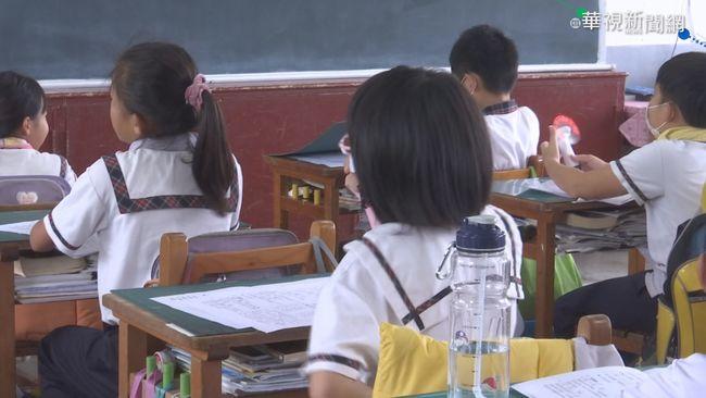學生犯錯他輕拍幾下...家長超緊張 他嘆:愛的教育難執行   華視新聞