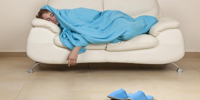 「腳冰到睡不著」穿襪子也沒用!過來人狂推1好物 | 華視新聞