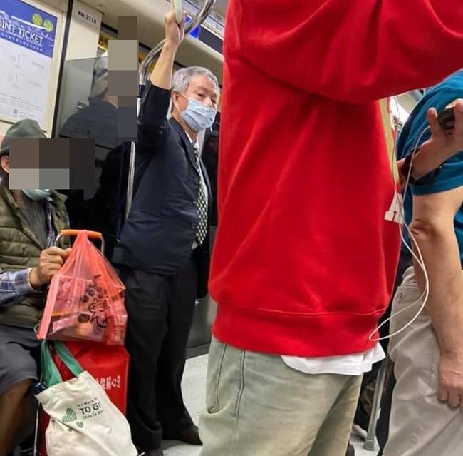 楊志良再被爆「搭捷運疑脫口罩」 她:該罰就罰別辯護 | 華視新聞