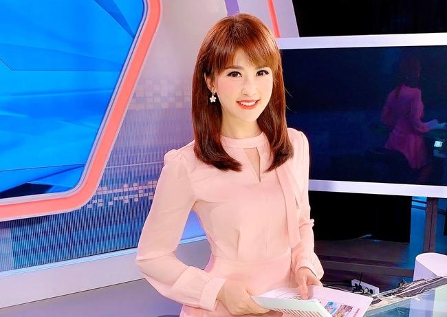 五寶爸么兒30%燙傷!前美女主播驚「有其他企圖?」 | 華視新聞