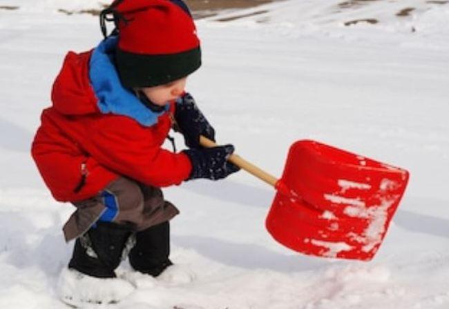 感謝抗疫辛勞! 美男童暖清80輛醫護車積雪 | 華視新聞