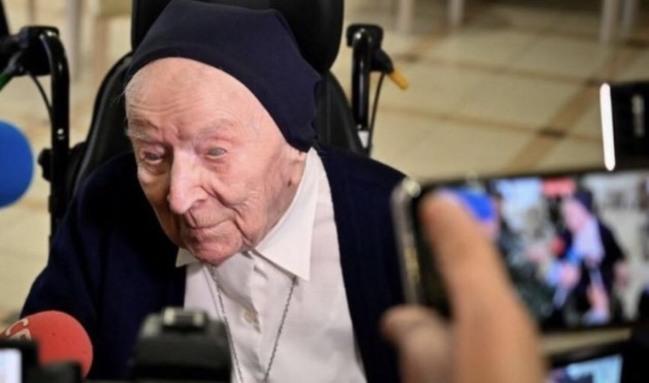 歐洲最年長人瑞! 修女染疫康復將歡慶117歲生日   華視新聞