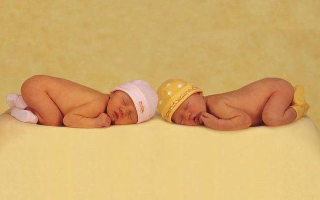消「前世業障」?! 泰國5歲龍鳳胎奉父母命成婚... | 華視新聞