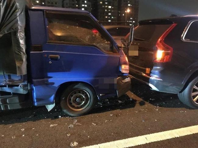出事了!她老公國道出車禍...「被李鮭魚撞」 | 華視新聞