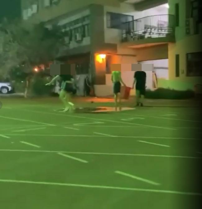 水情緊張大學生玩水被錄影po網 當事人回嗆:我就想玩啊 | 華視新聞