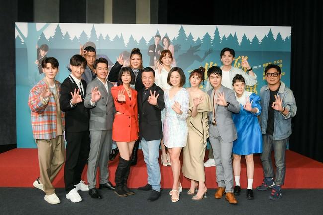 賴雅妍、謝佳見戲裡戲外都是閨蜜  王傳一看了好吃味 | 華視新聞
