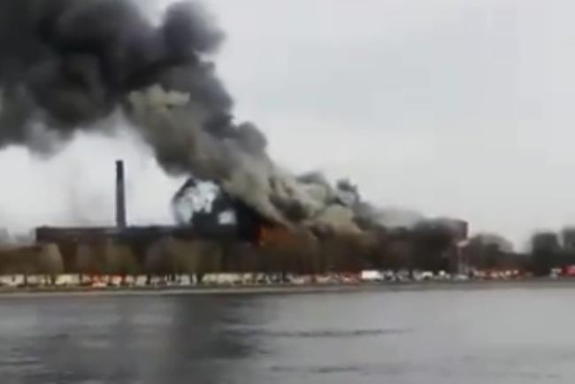 俄聖彼得堡180年著名古蹟失火 消防員1死2重傷 | 華視新聞