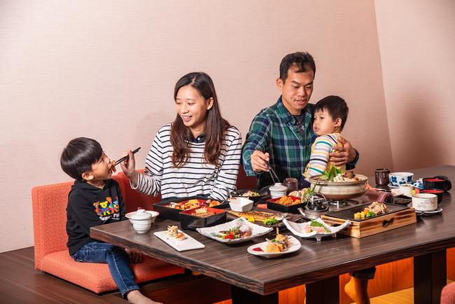 【母親節獨享】西堤99元牛排升級、5星飯店用餐送泡湯 | 華視新聞