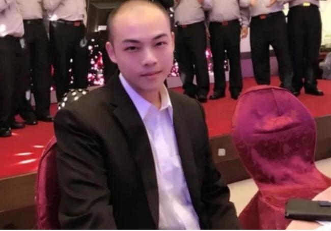 民進黨高層子趙介佑醜聞連環爆 藍營轟:持黨證無敵? | 華視新聞