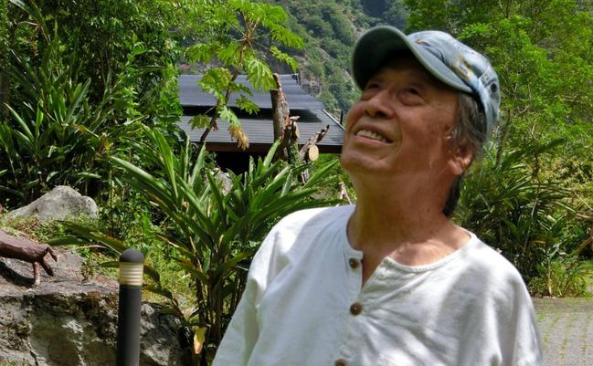 現代詩人管管跌倒昏迷離世 享耆壽92歲 | 華視新聞