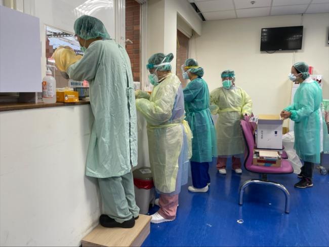 陽性率10%!中興醫院、剝皮寮525人快篩62人陽性   華視新聞