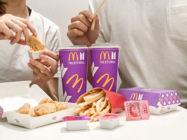 6/9限量開賣!麥當勞推BTS聯名套餐 紫色包裝超夢幻   華視新聞