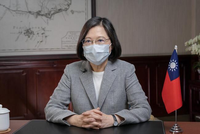 彭文正指蔡英文已打BNT疫苗 總統府怒駁:不折不扣的謠言   華視新聞