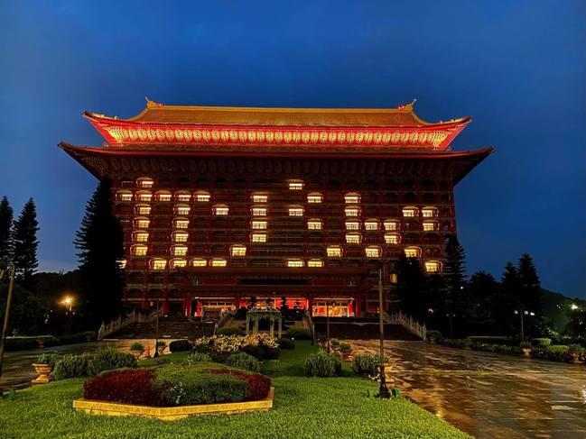 日本捐113萬劑AZ疫苗抵台!101、圓山飯店點燈致謝   華視新聞