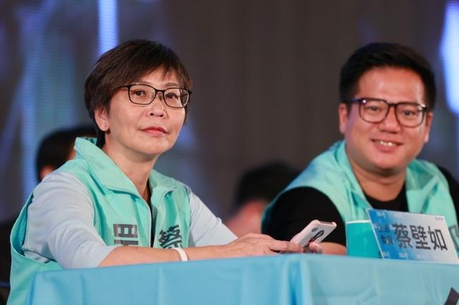 BNT給12-18歲打 蔡壁如:大學生.中年族群心情可想而知   華視新聞