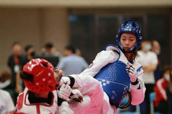 東奧跆拳道女將羅嘉翎惜敗4強 晚間續爭銅牌戰 | 華視新聞
