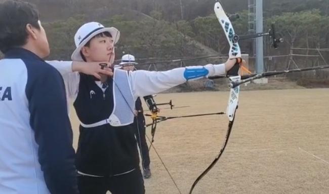 韓金牌女射箭選手 「剪短髮、念女校」被轟仇男 | 華視新聞