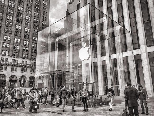 紐約蘋果專賣店保全 要求顧客帶罩卻遭砍   華視新聞